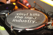 vinyl_kills_the_mp3_industry.jpg
